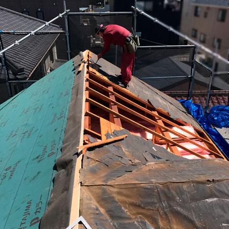 屋根の大改修工事